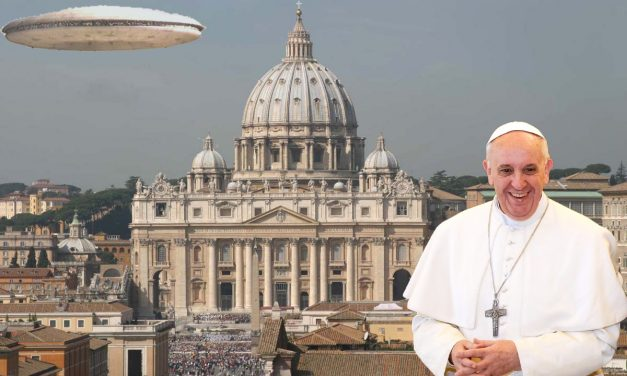 Vatican Vault Spilled! Pope to Announce Church Preparations For Alien Contact? Former Chief Council of Jesuit Order Shares All…