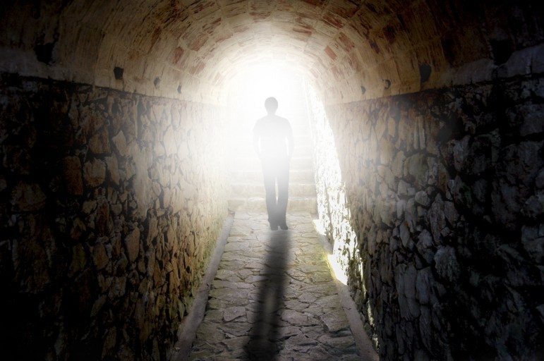Extraordinary! Jewish Teen Has a Prophetic Revelation of The Future In His Near Death Experience—You Won't Believe What He Saw
