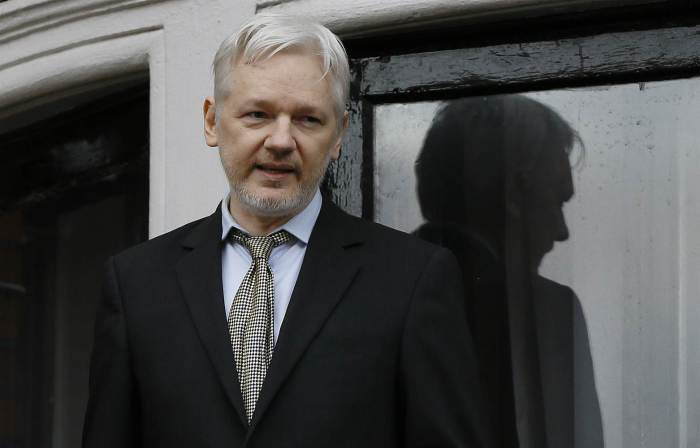 "Julian Assange Is Alive Amid Rumors But Internet Severed Due To Ecuadorian President Threatened By US Activation of ""Contingency Plan"""