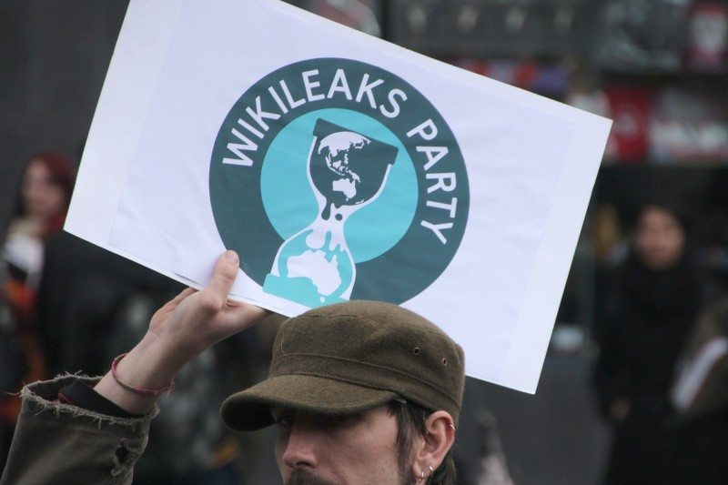 SHOCK! Wikileaks Just Did The Unthinkable! Dumps Pivotal Email Days Before The Election—Hillary's Arrest Underway?
