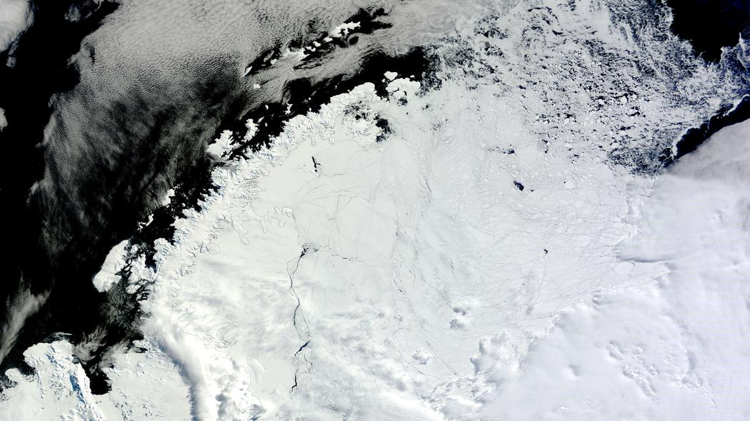 What On Earth Is Happening In Antarctica Right Now? Scientists Are Puzzled…
