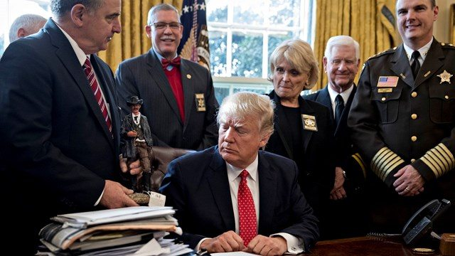 """IT'S GOING DOWN: A """"New Sheriff"""" To Make BIG Arrests? 4,289 Sealed Indictments In 3 Weeks"""