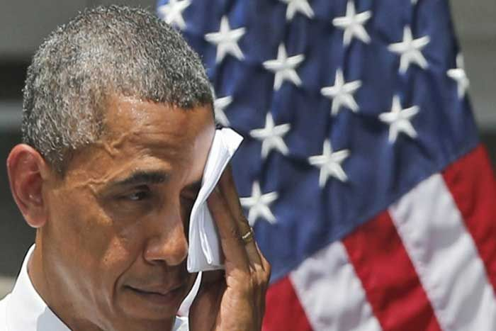 Obama Now In a Hysterical Panic! Begs Jay Z To Follow His Command…
