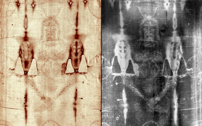 """NEW Discovery On The Shroud Of Turin Hints At """"Movement"""" Before Jesus' Triumphant Exit"""
